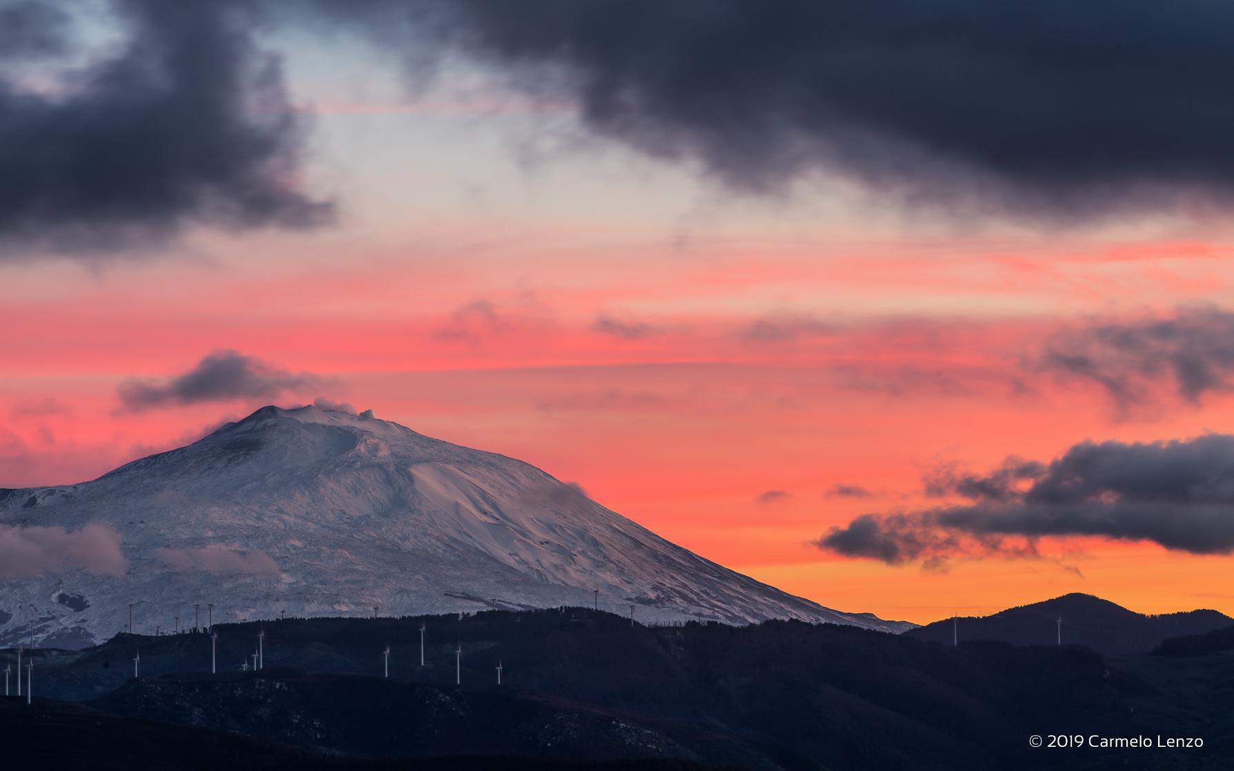 U casteduzzu e l'Etna